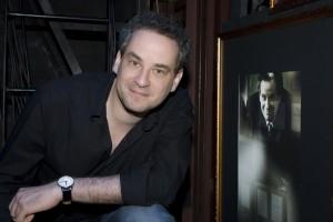 Dan Stulbach media bate-papo <i>Teatro de Entretenimento X Teatro de Vanguarda</i>