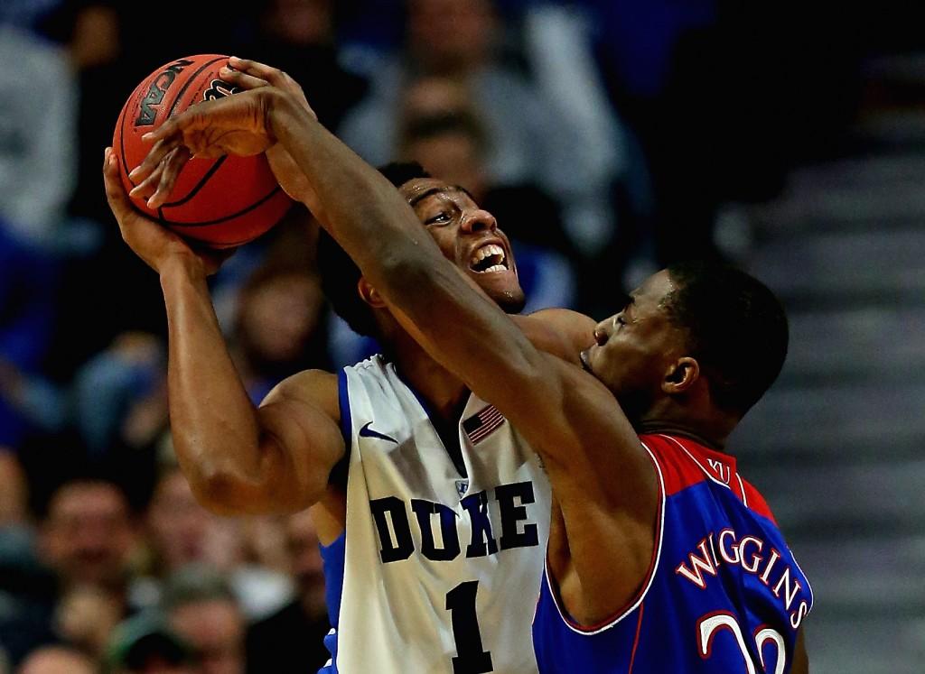 Além das quadras universitárias, disputa entre Jabbari Parker e Andrew Wiggins deve ocorrer também na primeira escolha do Draft (Foto: Getty Images)