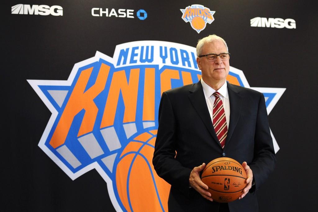 Phil Jackson é apresentado como novo presidente de operações do New York Knicks (Foto: Getty Images)