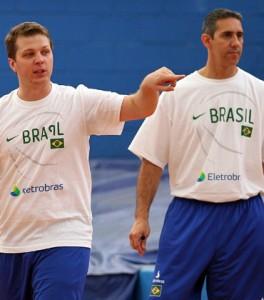 Gustavo De Conti e José Neto, os técnicos da decisão do NBB (Foto: CBB)