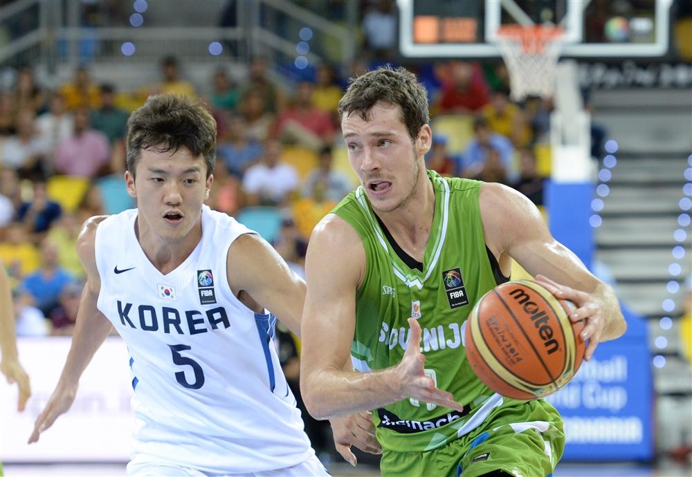 Goran Dragic e a Lituânia venceram, mas tomaram susto da Coreia do Sul (Foto: Fiba/Divulgação)