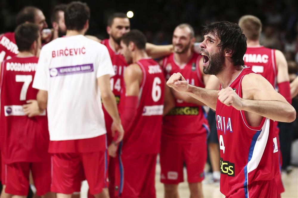 Teodosic comemora vaga sérvia na final do Mundial (Foto: Fiba/Divulgação)