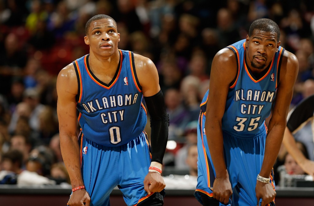 Russell Westbrook e Kevin Durant podem levar o Thunder ao título? (Foto: Getty Images)