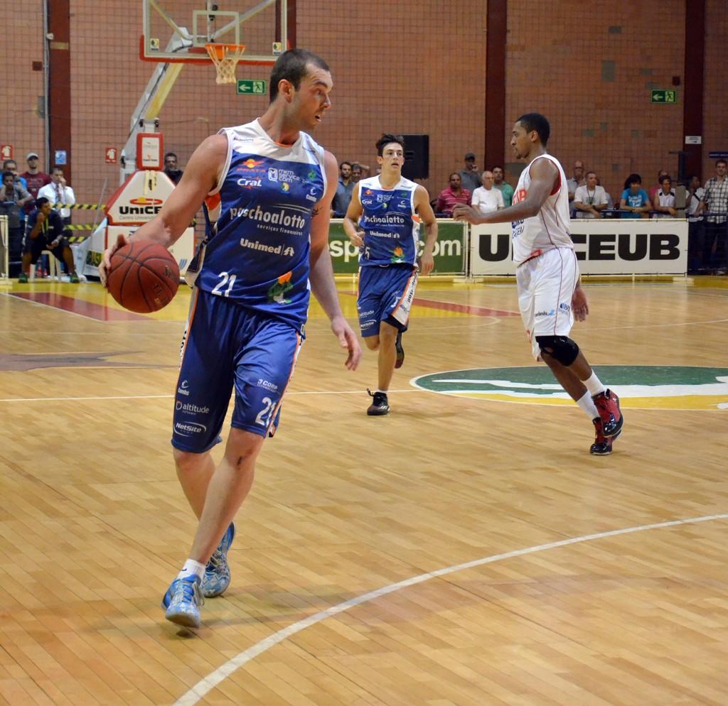 Murilo, pivô de Bauru (Foto Henrique Costa/Bauru Basket)