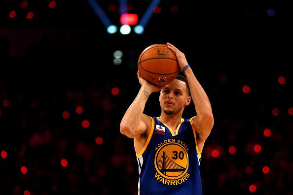 Stephen Curry: 40% de aproveitamento nas bolas de três (Foto: Getty Images)