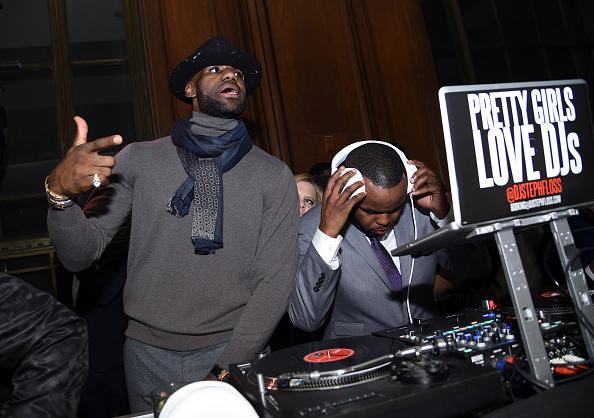 LeBron James: é só não ter jornalista por perto que está tudo certo (Foto: Getty Images)
