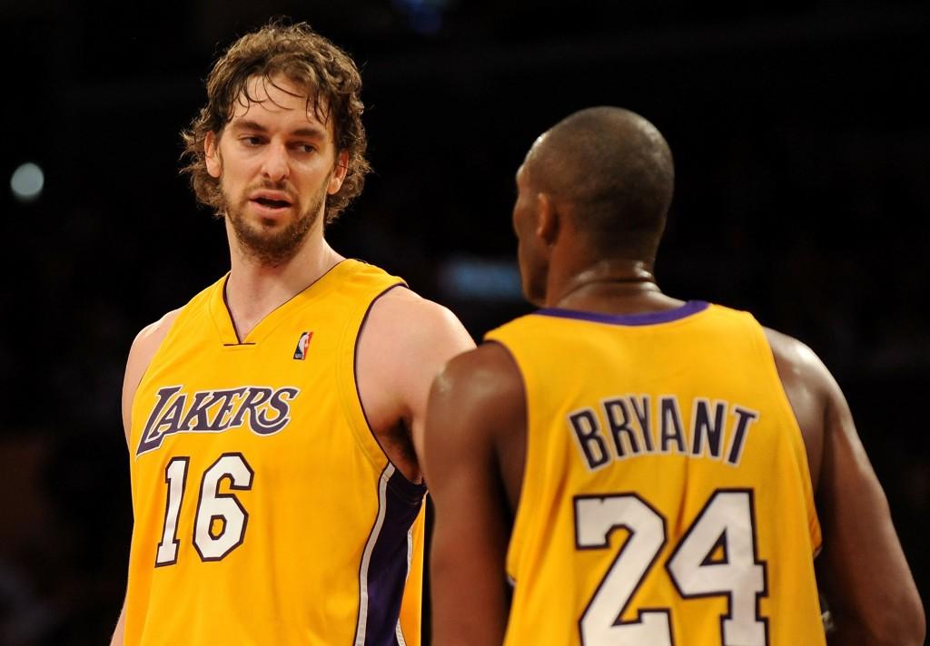 Pau Gasol e Kobe Bryant, parceria que quase não aconteceu (Foto: Getty Images)
