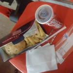 Pausa para hamburguer e fritas