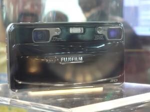 A Real 3D W1 é a primeira câmera capaz de tirar fotos 3D