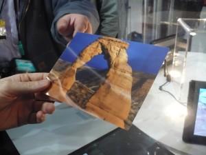 """As imagens podem ser impressas em """"papel 3D"""", que mantém o efeito"""