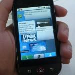 """Fechado, ele lembra outros """"iPhone-Like"""" do mercado"""