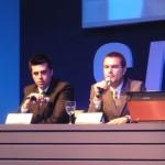 Ronaldo Miranda (direita) anuncia as novas máquinas