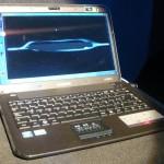 """O X420 tem trackpad """"multi-touch"""" e tela com resolução HD"""