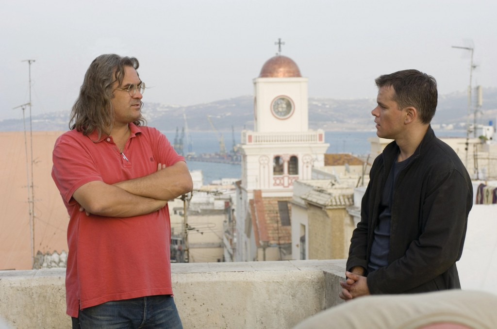 "O diretor Paul Greengrass e Matt Damon no set de ""O ultimato Bourne""  (Foto: divulgação)"