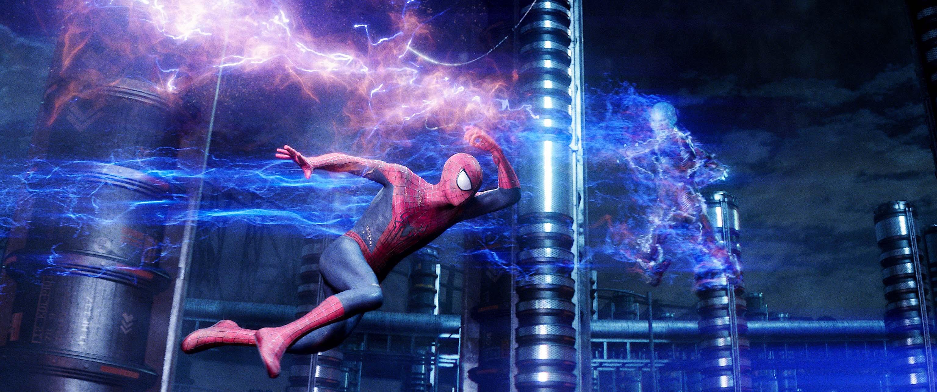 """Cena de """"O espetacular Homem-Aranha 2 - a ameça de Electro"""", filme que arrecadou menos do que o esperado pelo o estúdio"""