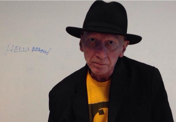Frank Miller, em foto divulgada pela Imagem Filmes, durante bate-papo com internautas
