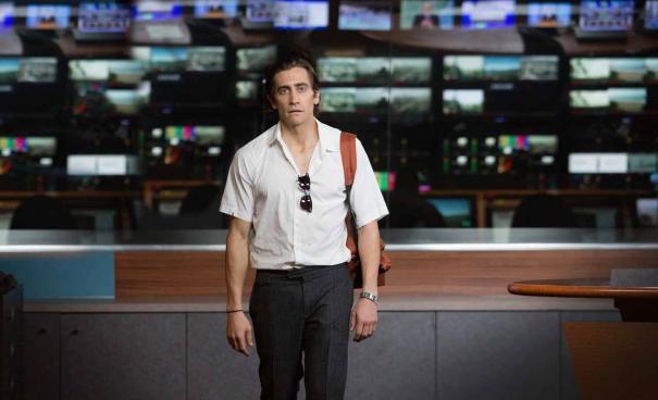 Jake Gyllenhaal, com 15 quilos a menos, vive jornalista obsessivo em novo filme (Foto: divulgação)