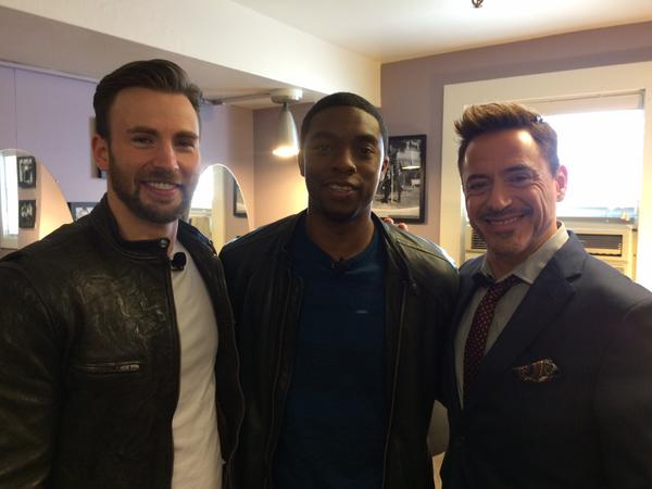 Chris Evans, Chadwick Boseman e Robert Downey Jr.