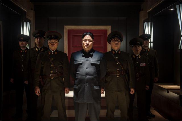 """O King Jong-Un, vivvido pelo ator Randall Park, de """"A entrevista"""": filme que enseja o clímax de uma relação de desdém que já se intensificava"""