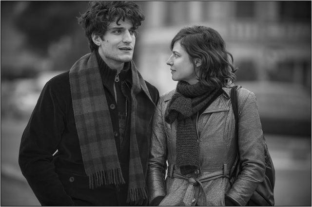 """O preto e branco frio de """"O ciúme"""": o amor vai ao divã no cinema em 2014"""