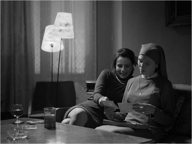 """Com técnica exuberante, """"Ida"""" impressiona pelo vigor narrativo e pela dimensão que dá ao dilema de sua protagonista (Foto: divulgação)"""
