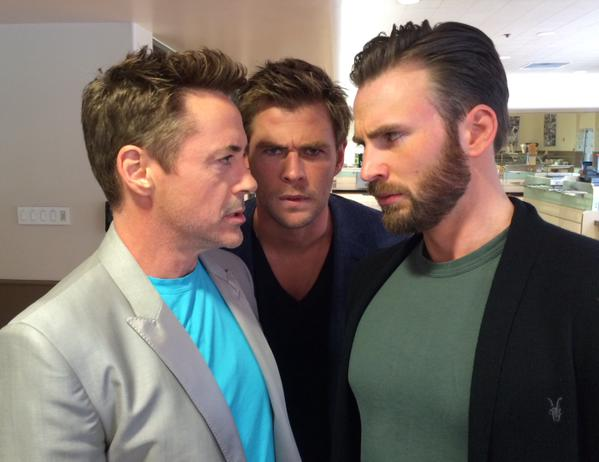 Downey Jr. encara Evans: o bicho vai pegar (Foto: reprodução/twitter)