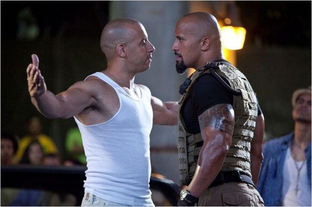 A rinha entre Vin Diesel e The Rock foi um dos chamarizes do quinto filme. Jason Statham, como o vilão, é atração do novo filme