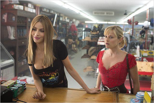 """Nem tudo são flores: estrelado pelas belas Sofía Vergara e Reese Whiterspoon, """"Belas e perseguidas"""" foi um flop inesperado"""