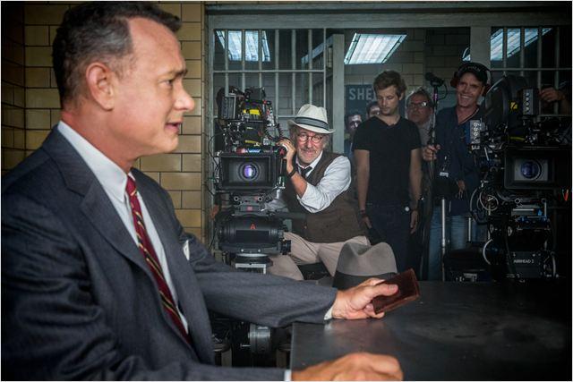"""Spielberg enquadra Hanks: """"Ponte dos Espiões"""" é o melhor fruto da parceria (Foto: divulgação)"""