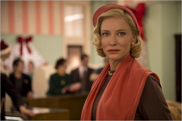 """""""Carol"""" deve receber indicações a melhor filme, atriz e roteiro adaptado, mas seu diretor, Todd Haynes, deve ficar de fora..."""