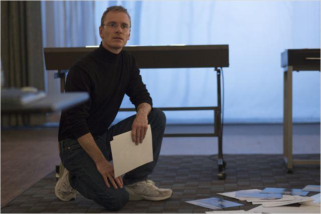"""Cena do filme """"Steve Jobs"""":  Filme é bom, mas se vende como algo muito melhor"""