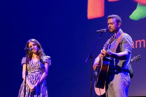 Justin Timberlake e Anna Kendrick fazem show em Cannes (Foto: divulgação)