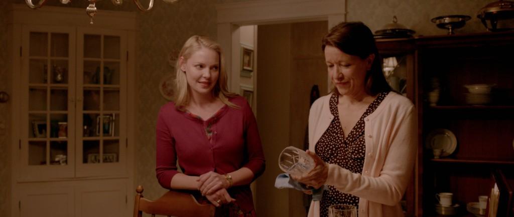 Katherine Heigl e Linda Emond em cena do filme: sintonia entre as atrizes é um dos trunfos do filme