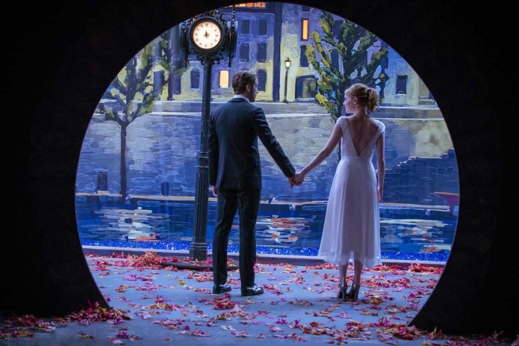 Cena do romântico e hypado La La Land, que estreia na próxima quinta-feira (19) nos cinemas brasileiros
