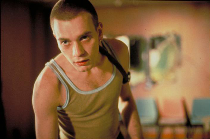 """Ewan McGregor em cena de """"Trainspotting - Sem Limites"""""""