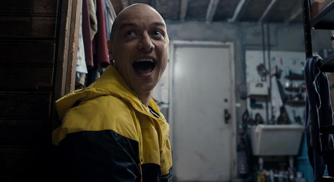 """James McAvoy em cena de """"Fragmentado"""", já em cartaz nos cinemas brasileiros"""