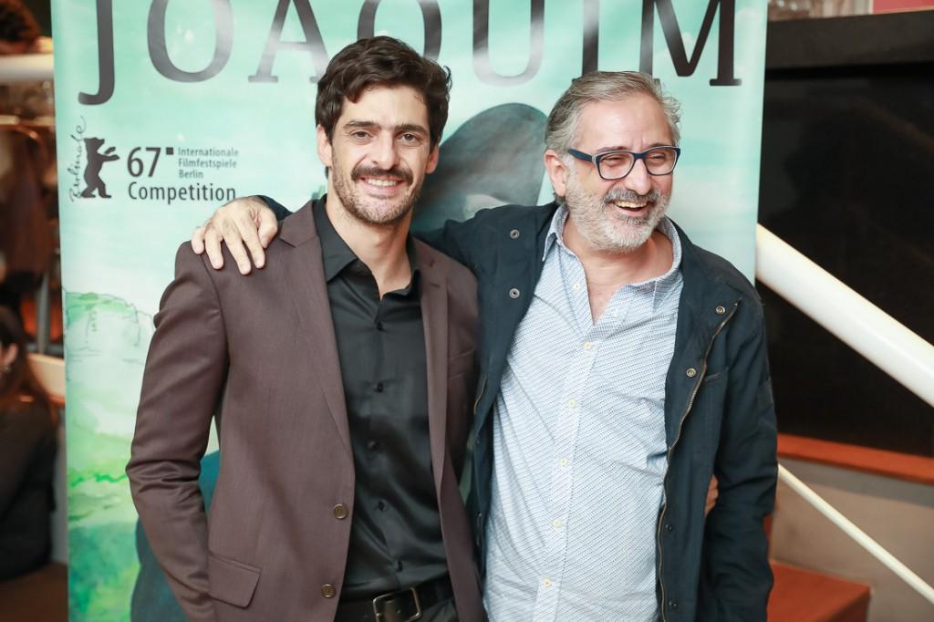 O produtor Julio Machado e o diretor Marcelo Gomes na pré-estreia paulistana do longa