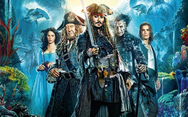 """""""Piratas do Caribe: A Vingança de Salazar"""" não emplacou junto a crítica e vai mais ou menos na bilheteria"""