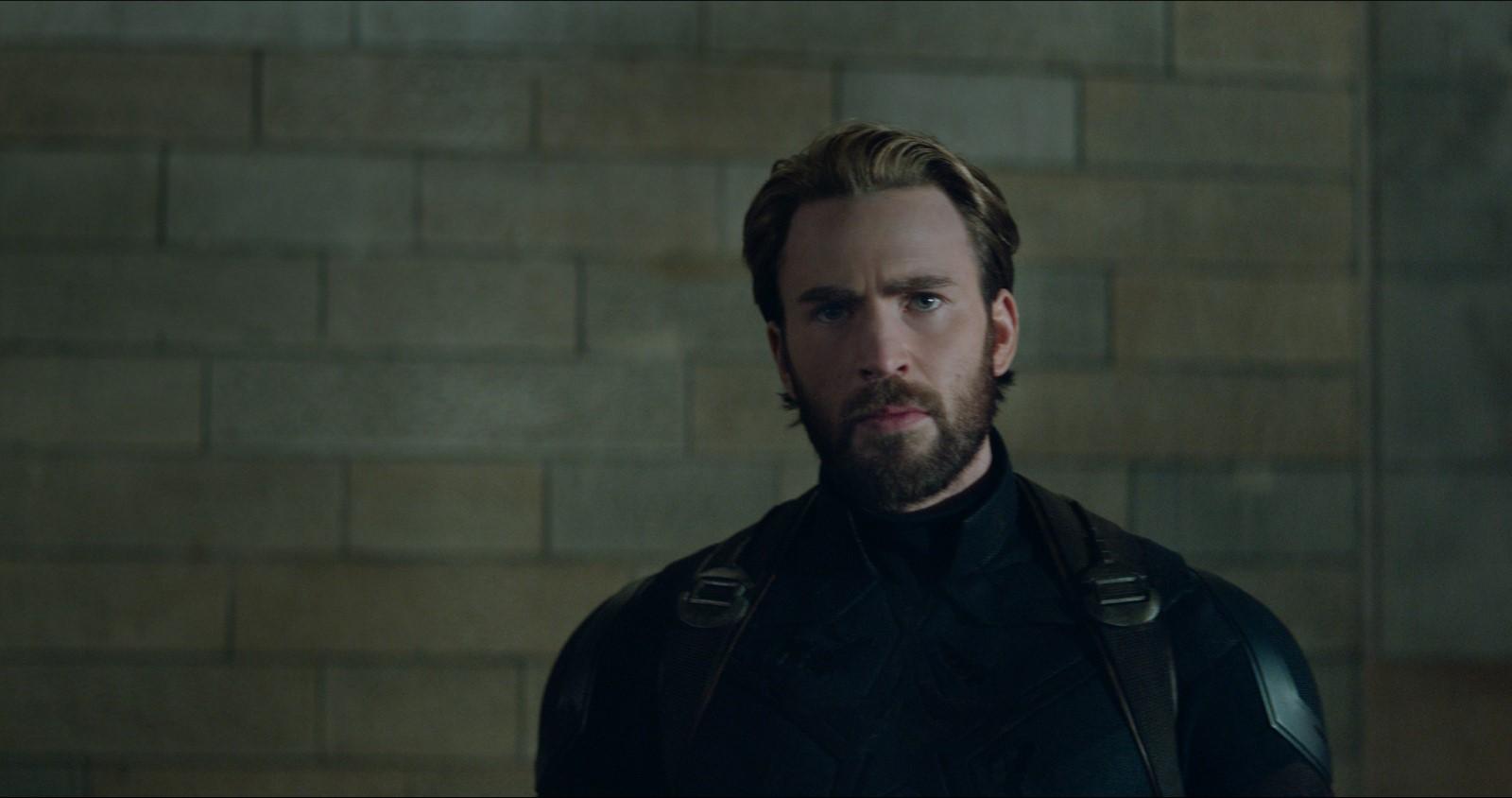 """Chris Evans como o Capitão América em cena de """"Vingadores: Guerra Infinita"""" Fotos: divulgação"""