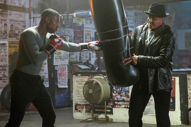 """Michael B. Jordan e Sylvester Stallone em cena de """"Creed II"""", que será destaque na CCXP 2018"""