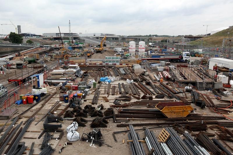 Parte do Parque Olímpico de Londres, ainda em obras, há exatos dois anos antes das Olimpíadas