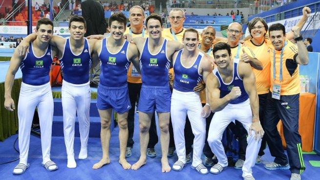 Seleção masculina de ginástica comemora o inédito 6º lugar no Mundial de Nanquim