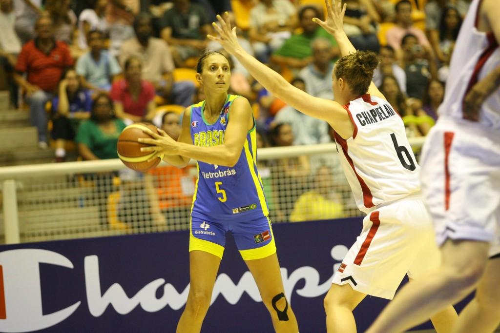Helen Luz