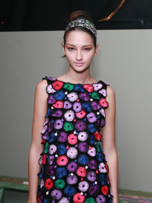 Bruna Tenório, um dos destaques do Fashion Rio, mora nos Estados Unidos,  mas mantém um relacionamento de três anos em Maceió, onde nasceu. 16ed5af21f