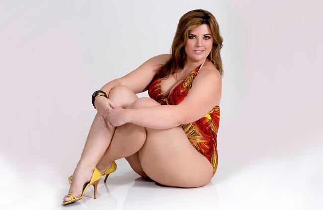 Andrea Boschim Est No Top Five E Aniza O Fashion Weekend Plus
