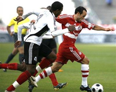 Landon Donovan em ação pelo Bayern de Munique