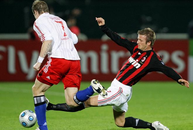 Beckham estreia no Milan contra o Hamburgo