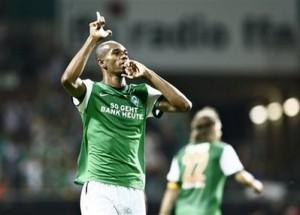 Naldo fez dois pelo Werder