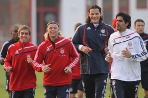 Marcelo Martins com jogadores do Bayern