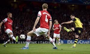 Mkhitaryan fez o primeiro do Dortmund